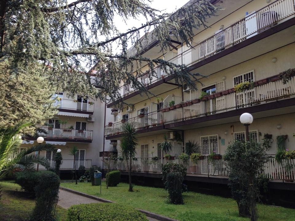 Vendesi Caserta Centurano appartamento mansardato