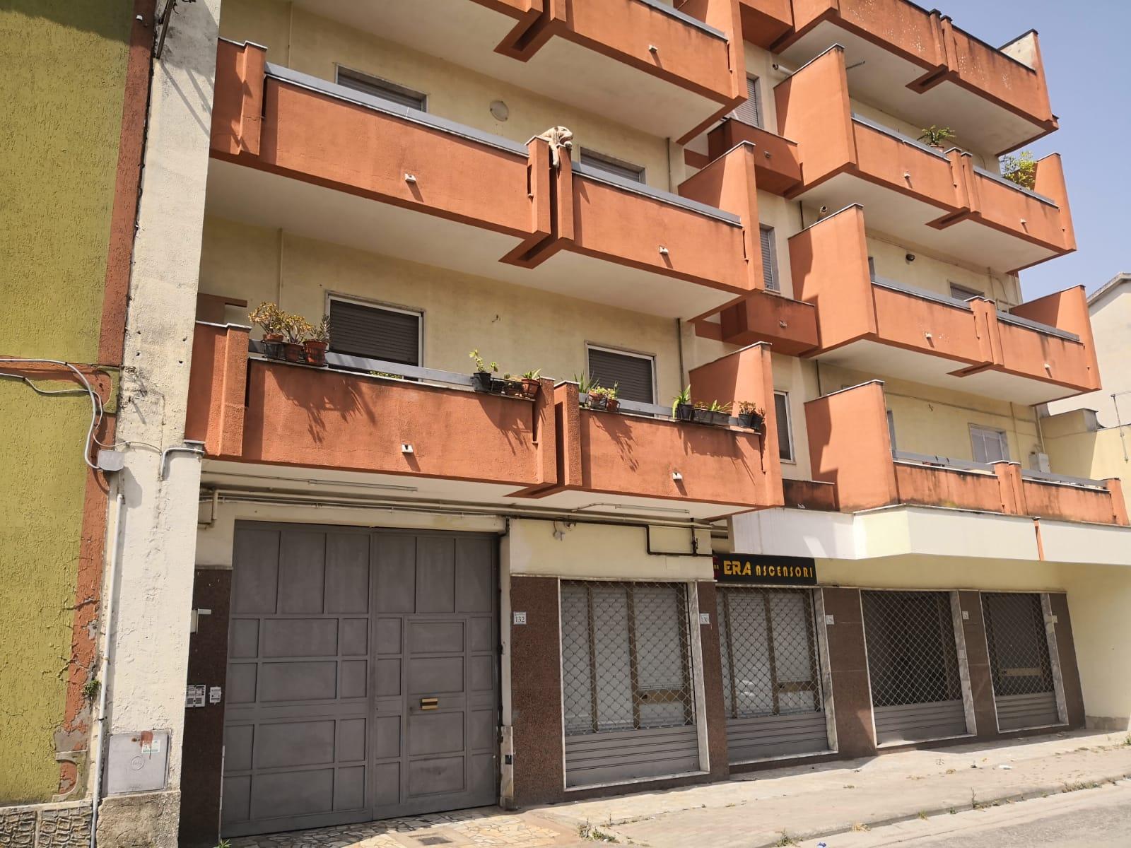 Fittasi San Nicola La Strada via Gentile Appartamento con box