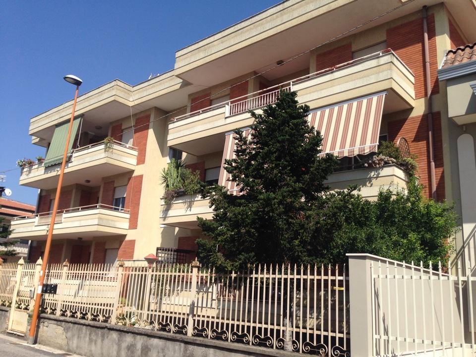 Appartamenti Casapulla Stesso Stabile tre e quattro locali