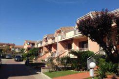 Caserta Zona Ercole Vendesi Esclusiva e Luminosa Villa a Schiera- panoramica esterno parco