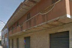 Vendesi Caserta Curti Interno Corte Ampio Appartamento da Ristrutturare- panoramica palazzo