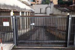 Caserta Centro Vendesi Box 50mq con Serranda automatica- panoramica esterna